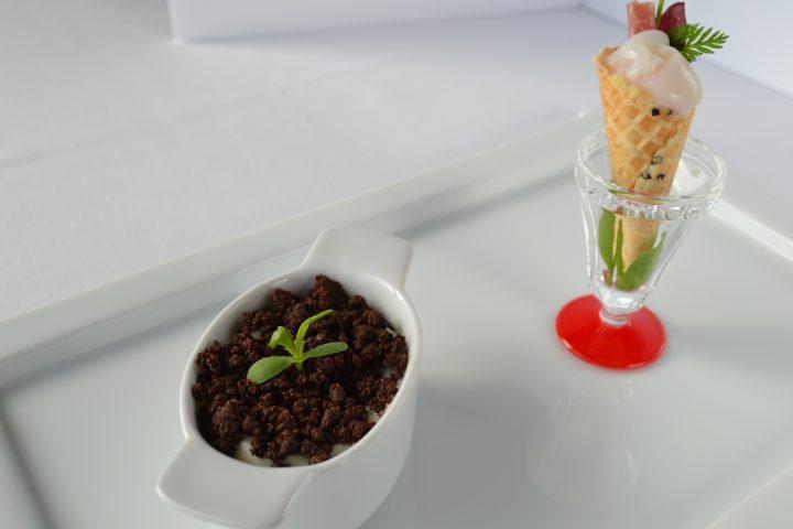 カリフラワームース 植木鉢仕立て ウズラ卵と生ハムの黒ごまコーンカクテル